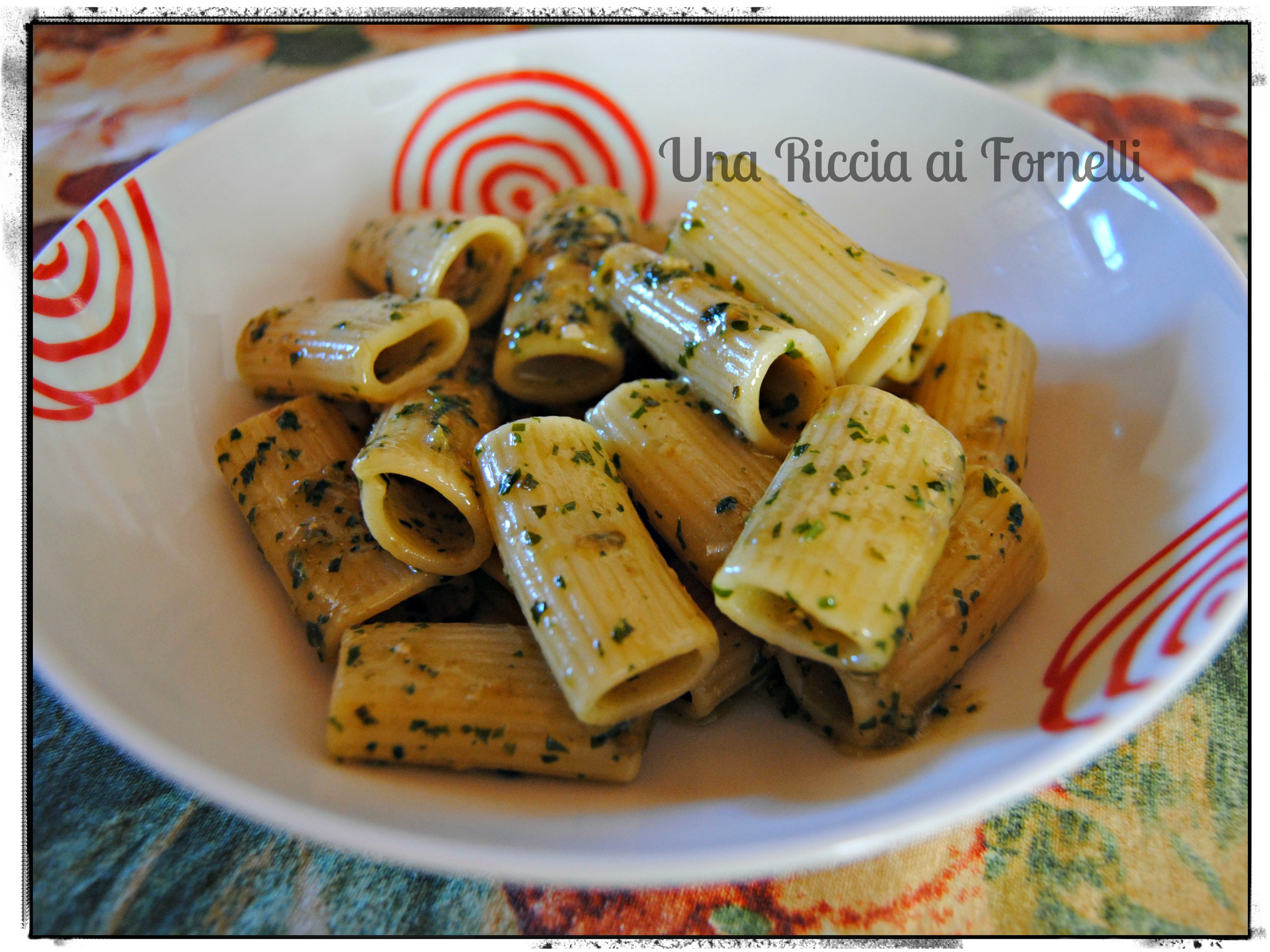 Pasta al pesto ricetta veloce una riccia ai fornelli for Pasta ricette veloci