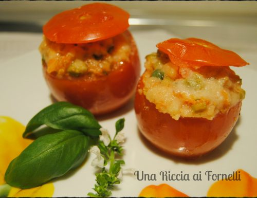 Pomodori ripieni al microonde, ricetta veloce