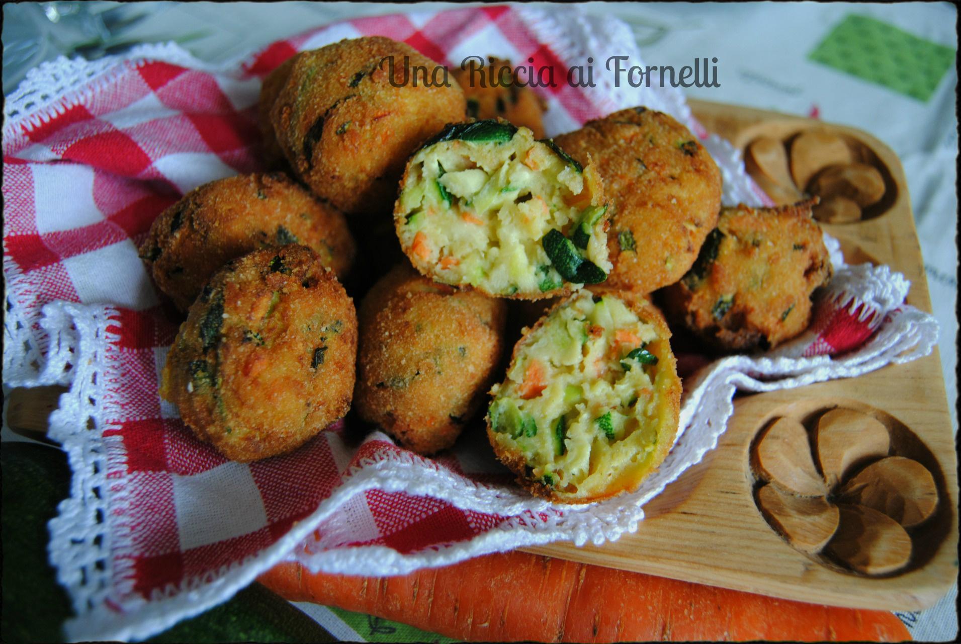 Polpette di zucchine fritte polpette di zucchine for Cucinare carote