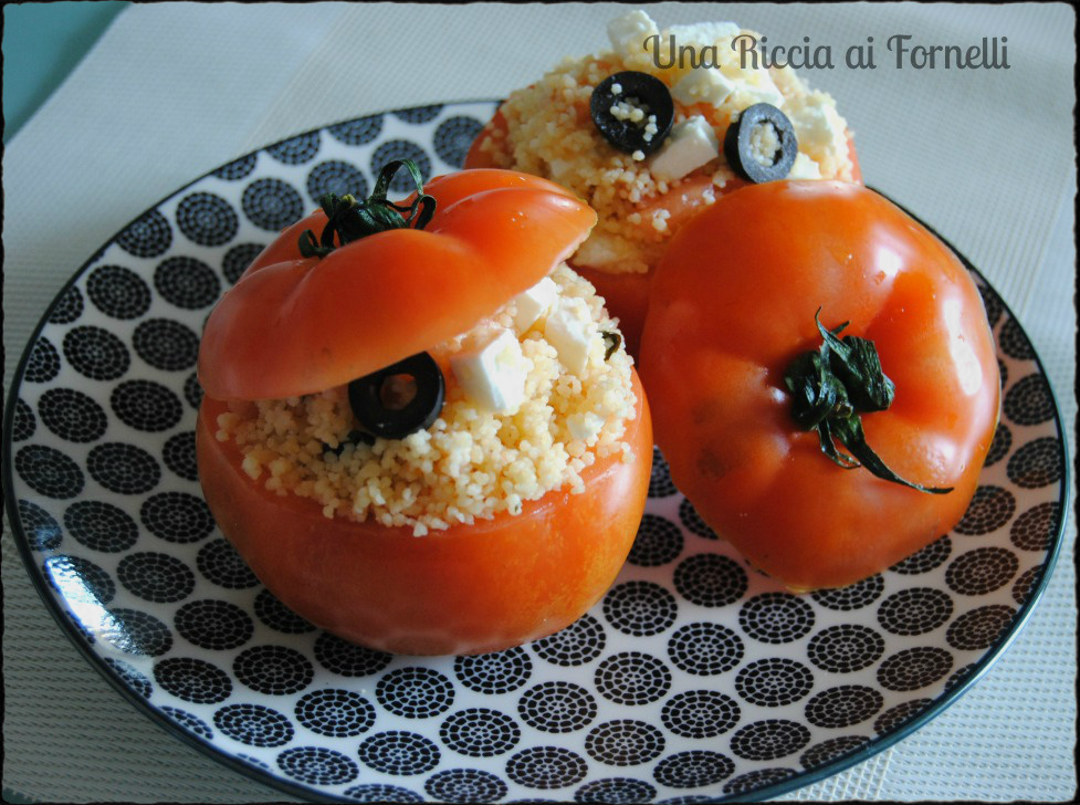 Pomodori ripieni freddi con couscous