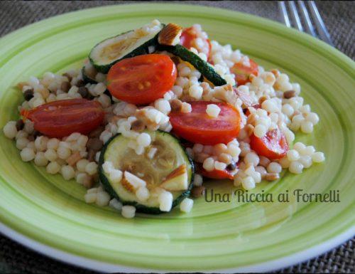 Fregola sarda con zucchine e pomodori freschi