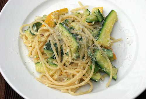 Come Cucinare le Zucchine: 5 modi per Cuocerle a Casa propria
