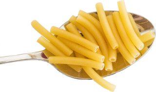 quante calorie ha un piatto di pasta al pomodoro e basilico