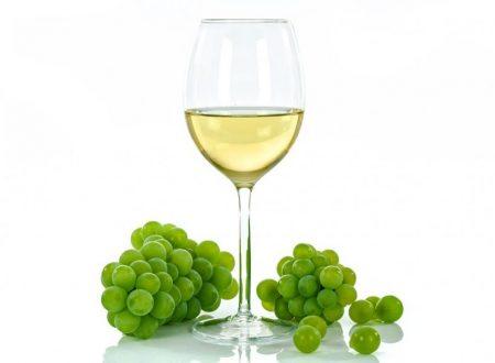 Quanto Pesa un Litro di Vino Bianco e Rosso in Kg