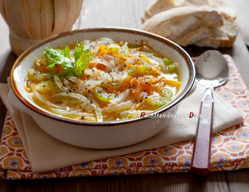 Zuppa di carote sedano e cipolla