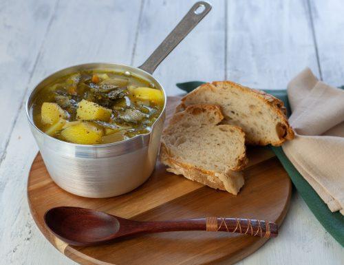 Zuppa di gambi di cipollotto