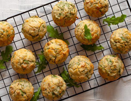 Muffin salati alla rucola e noci