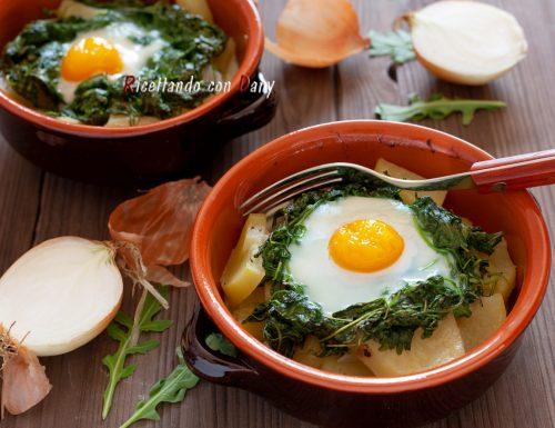 Uova in cocotte con patate e rucola