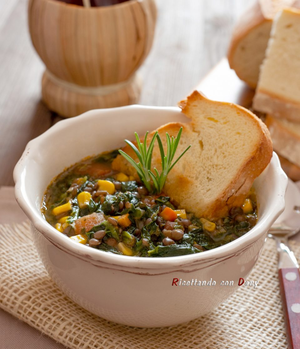 Zuppa veloce di lenticchie e mais