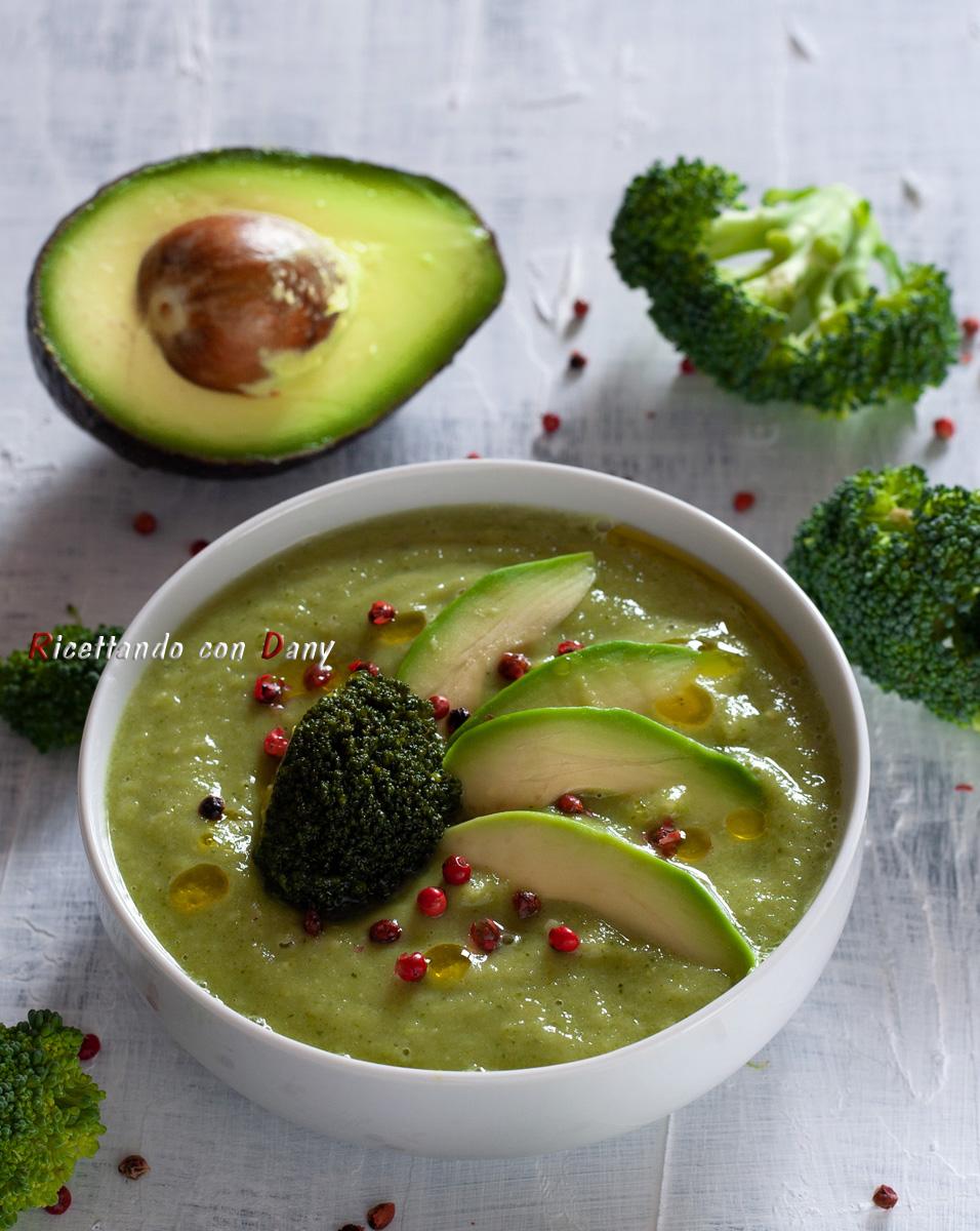 Vellutata di broccoli e avocado