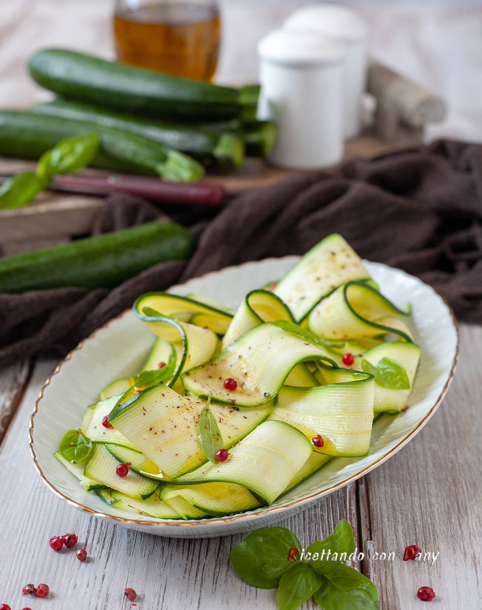 Carpaccio di zucchine marinate
