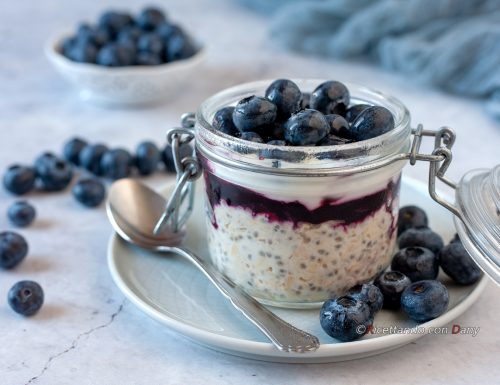 Overnight oatmeal ai mirtilli