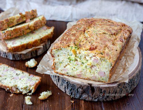 Plumcake salato con zucchine e prosciutto cotto