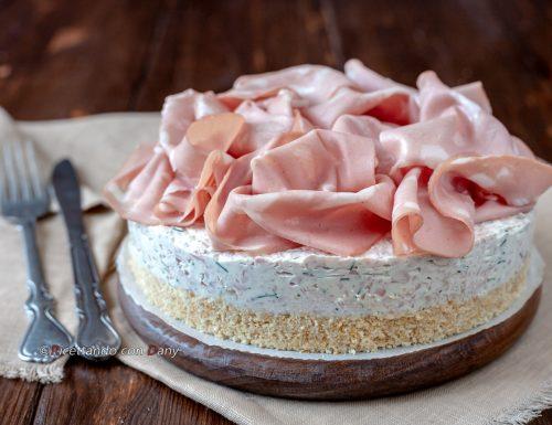 Cheesecake salata alla mortadella