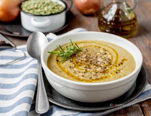 Zuppa di piselli secchi e grano saraceno