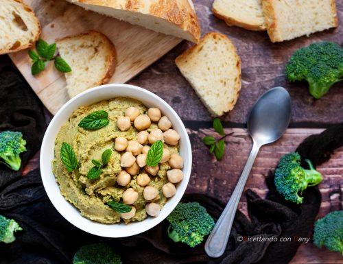 Hummus di ceci e broccoli
