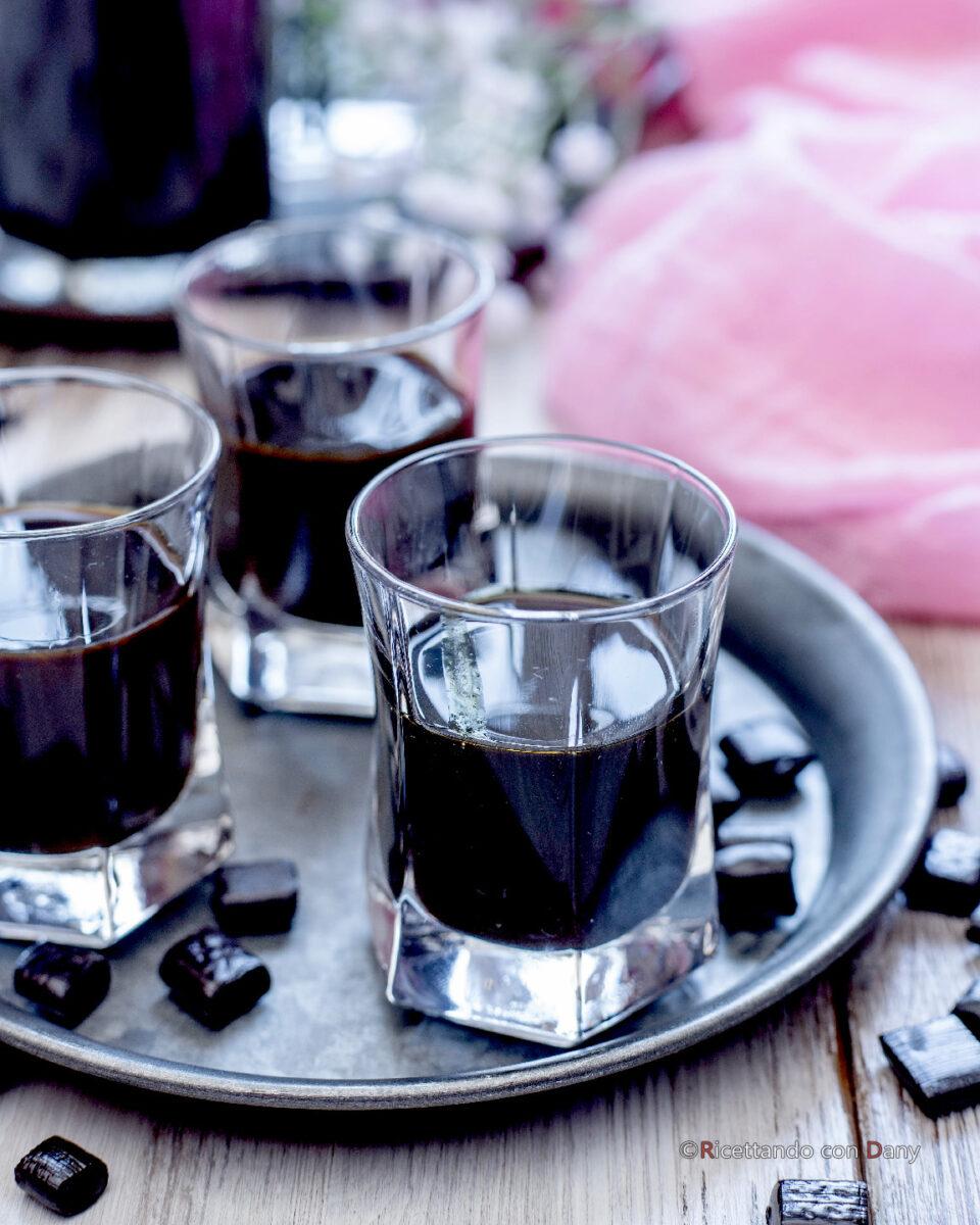 Liquore alla liquirizia cremoso