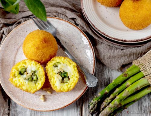 Arancini di riso con asparagi e pinoli