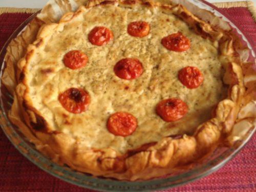 Torta salata tonno e pomodorini