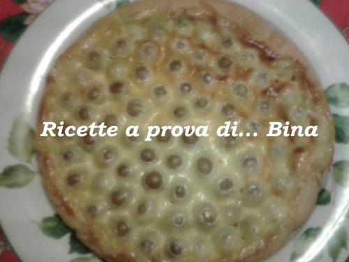 Crostata con crema e uva , ricetta semplice