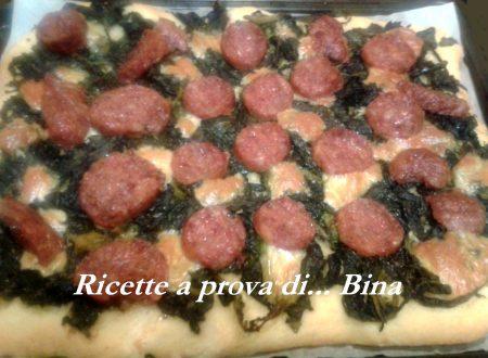 Pizza con friarielli e salsiccia – ricetta napoletana