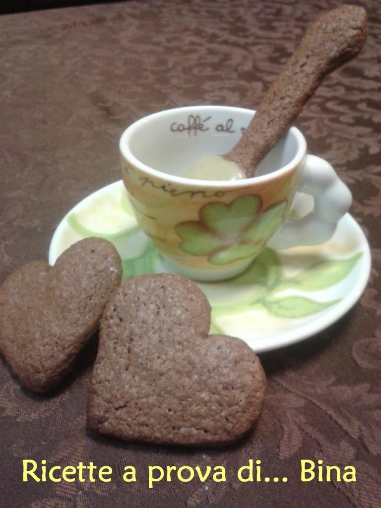 cucchiaini o biscotti al cioccolato