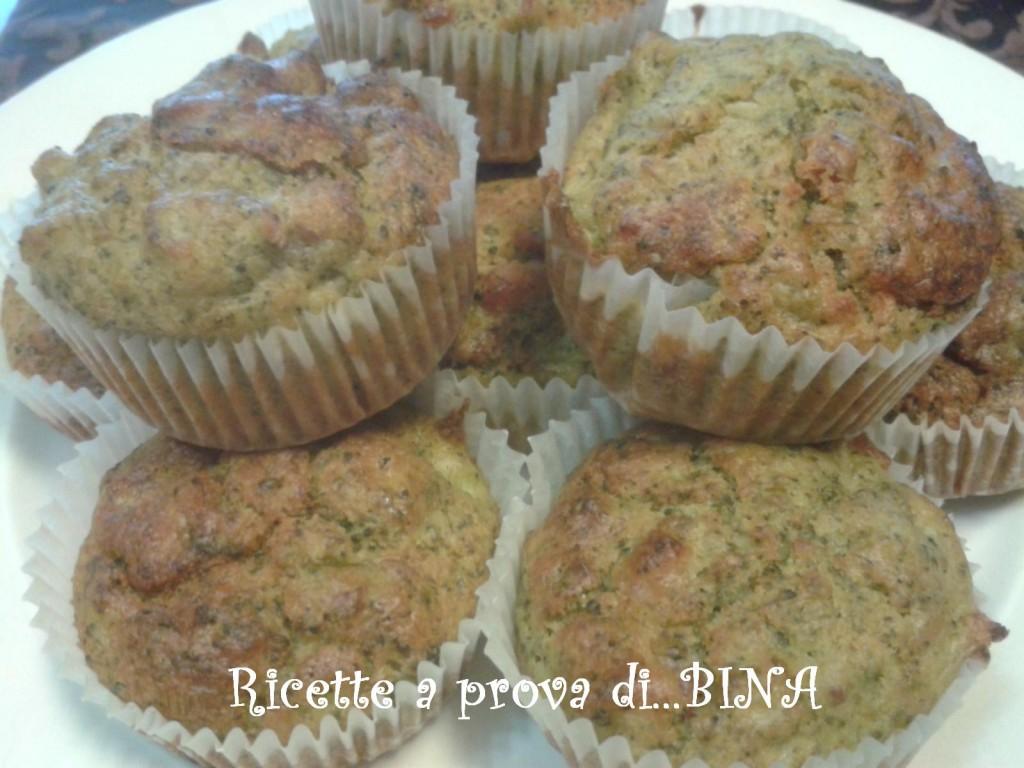 Muffin salati ai broccoletti e pancetta