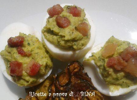 Uova ripiene di zucchine e pancetta croccante – ricetta finger food