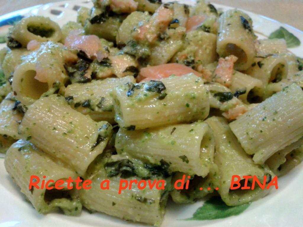 Pasta al salmone e pesto di zucchine - Ricette a prova di Bina