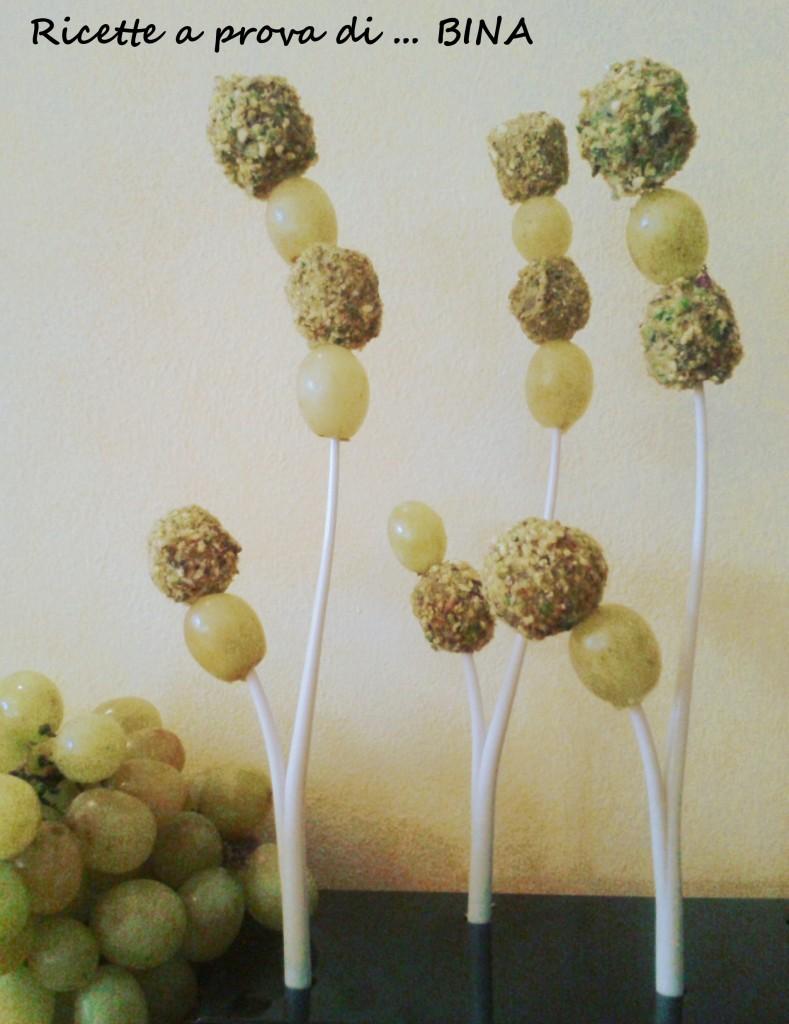 Uva, zola e pistacchi - ricetta finger food