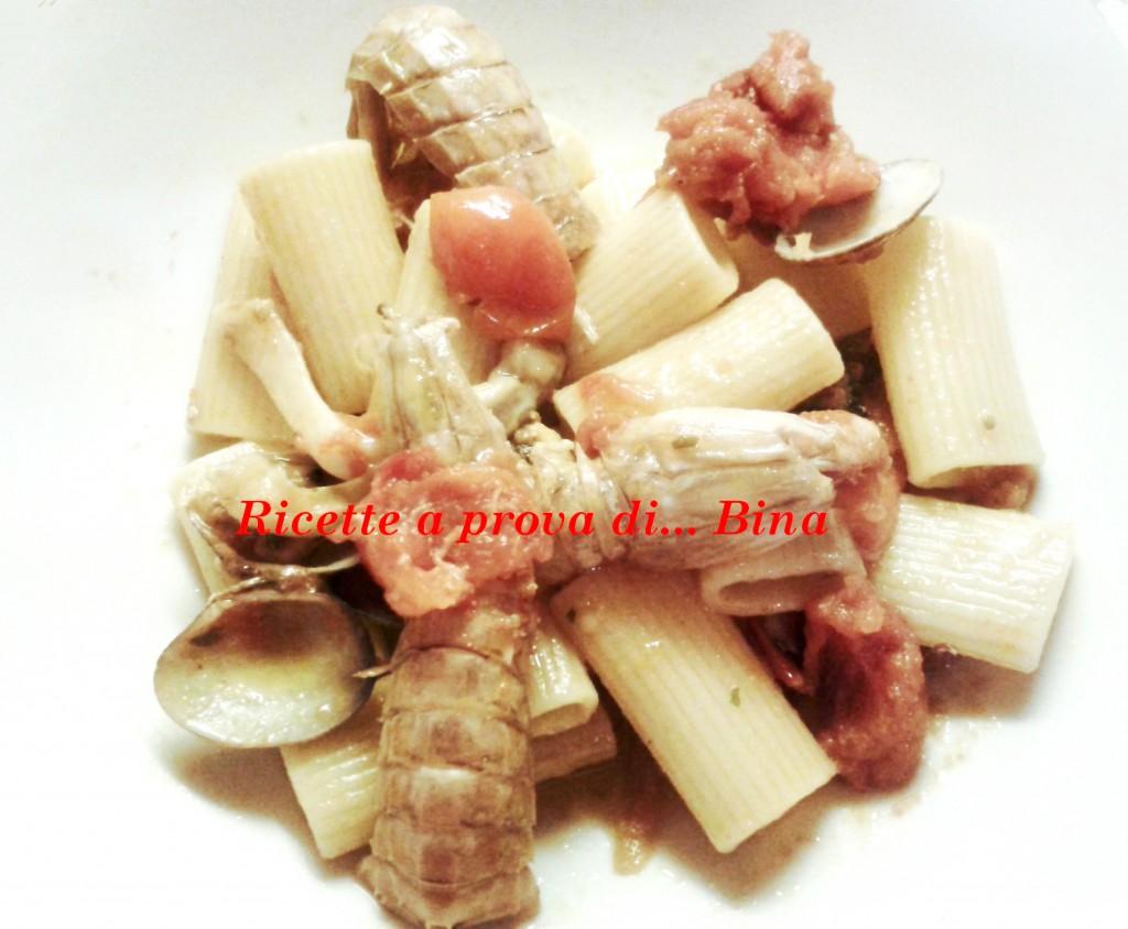 pasta con cicale, gamberi e frutti di mare - ricetta di pesce
