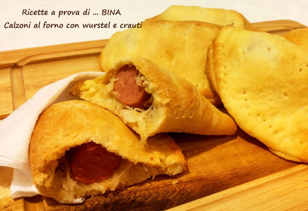 Calzoni al forno con wurstel e crauti - ricetta gustosa