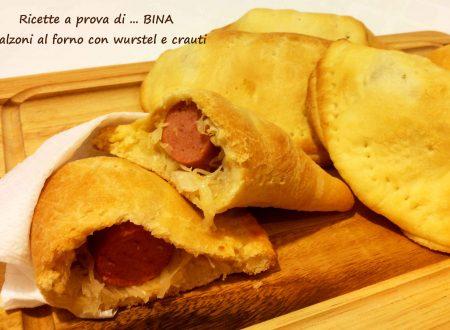 Calzoni al forno con wurstel e crauti