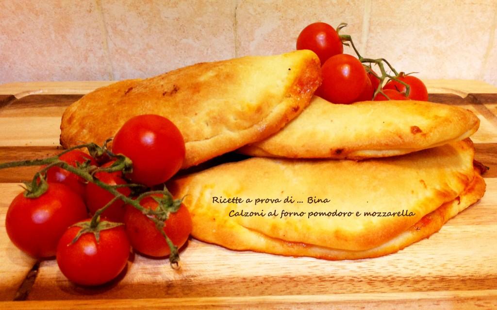 Calzoni al forno pomodoro e mozzarella - ricette a prova di Bina