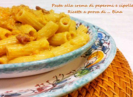 Pasta alla crema di peperoni e cipolle