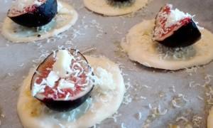 Sfogliatine ai fichi e pecorino - Ricette a prova di Bina