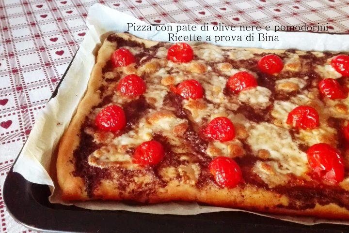 Pizza con pate di olive nere e pomodorini - Ricette a prova di Bina