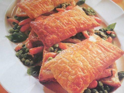 Cofanetti di sfoglia con piselli e carote – Cucina veloce