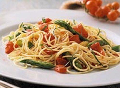 Spaghetti con asparagi selvatici – Ricetta e proprietà curative
