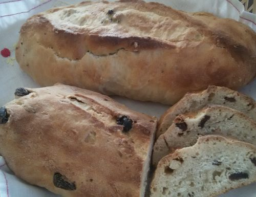 Pane dolce con le noci
