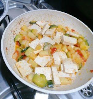 tofu alle zucchine