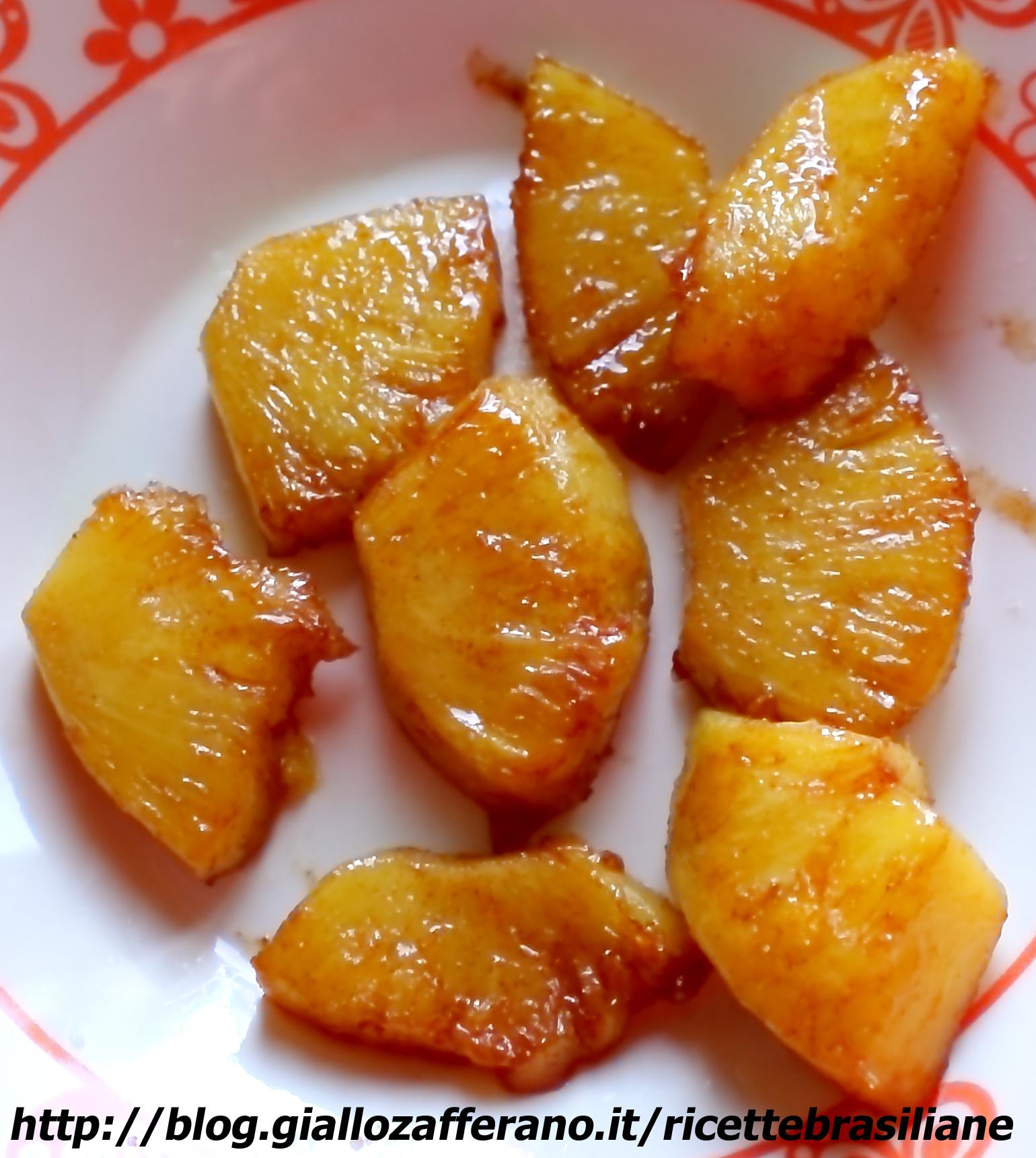 Ananas al caramello