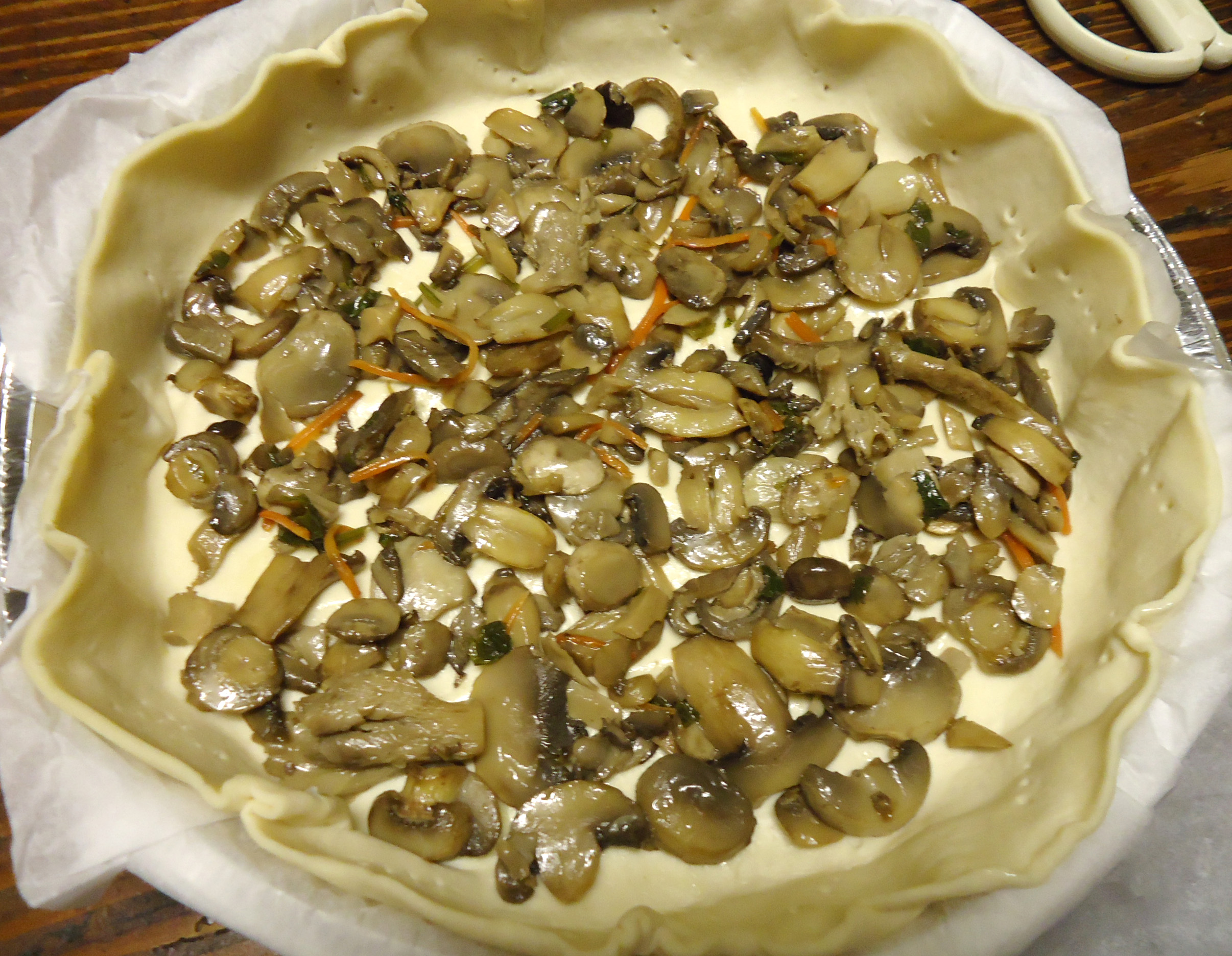 Quiche con funghi - preparazione 1