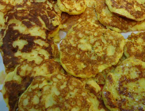Frittatine di patate con parmigiano