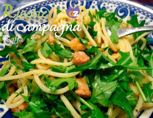 Spaghetti salmone, pomodorini, pancetta e rucola.