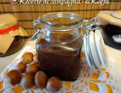 Crema di nocciole con cioccolato fondente e olio d'oliva