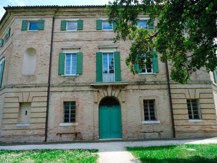Villa Favorita story ora sede ISTAO ex Villa Ricotti - facciata