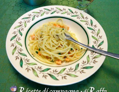 Spaghetti con salmone affumicato