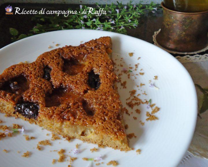 torta alla frutta fresca con olio di oliva - fetta