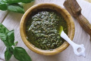 Pesto al basilico fatto in casa